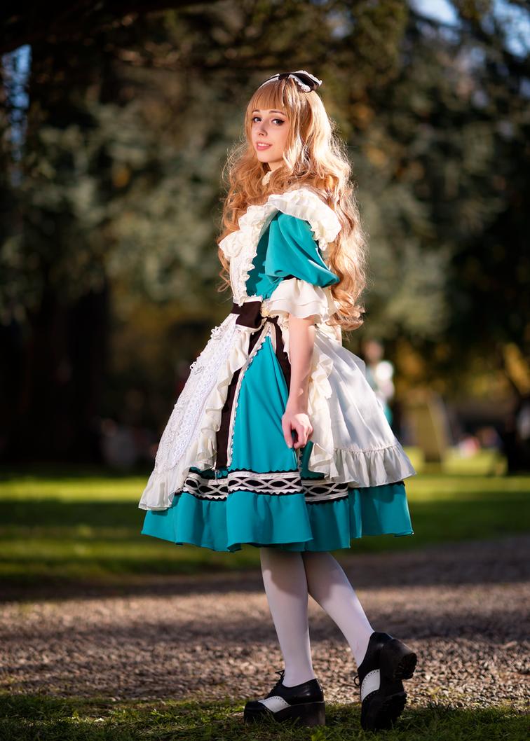 Alice in Wonderland ~ Sakizou by Neigeamer