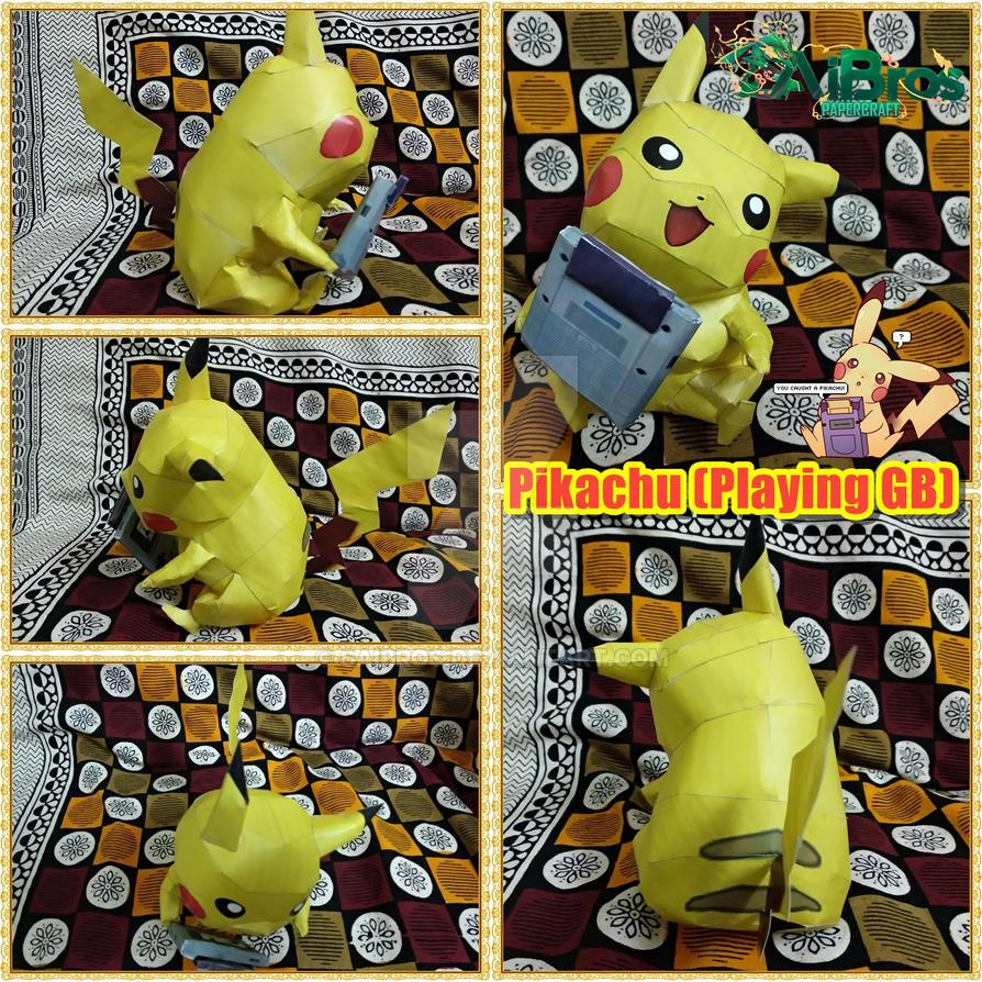 Pokemon PapercraftPikachu Playing GameBoy By Saibros