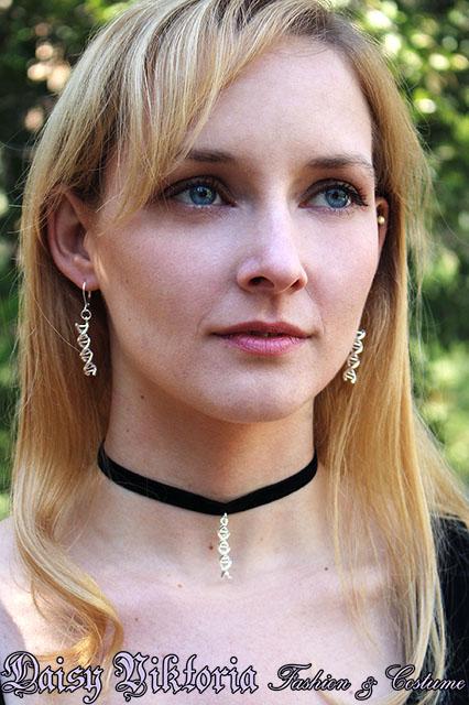DNA Jewelry by DaisyViktoria