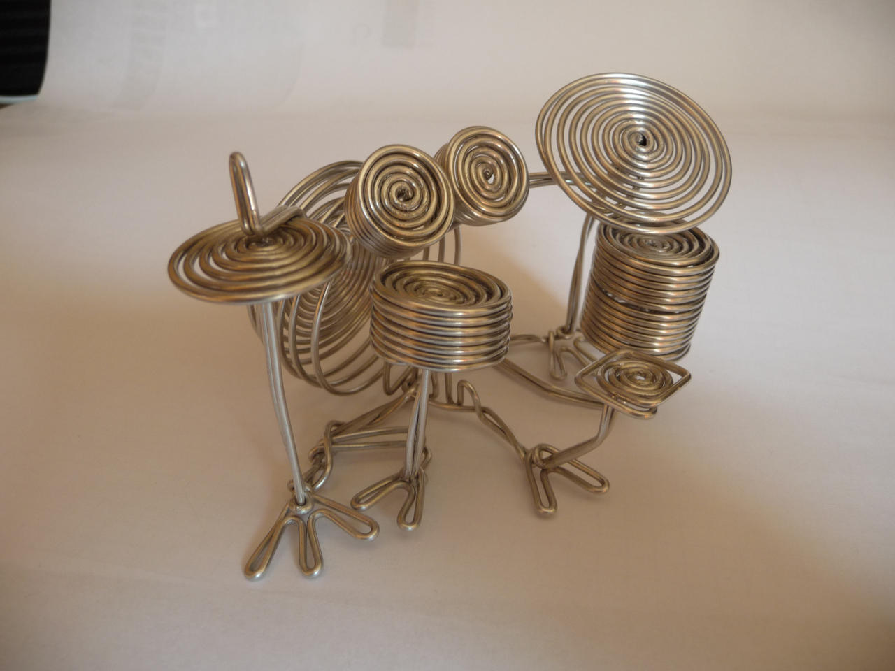Wire sculpture 4 by SkatersOnly