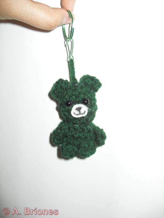 Teddy Bear Crochet Keychain - Popular Crochet | 760x570