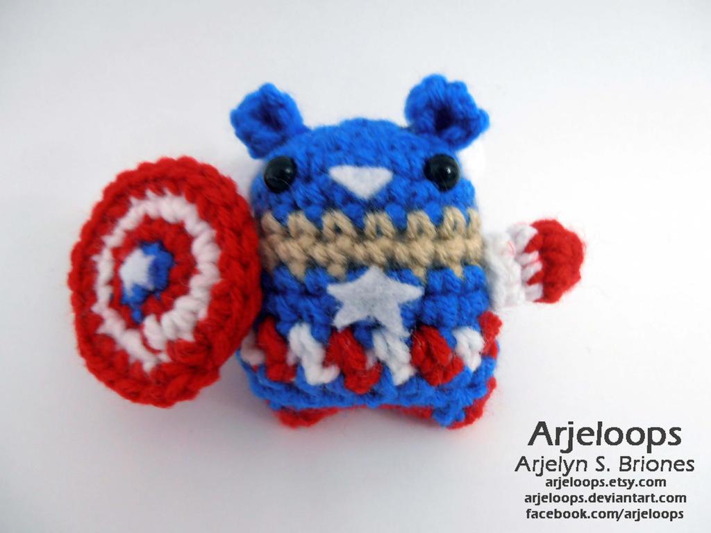 Crocheted Captain America Teddy Bear by arjeloops