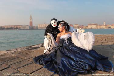 Sunset couple - Venice Carnival