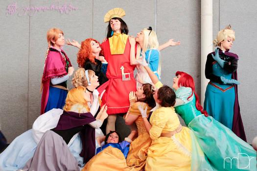 Princesses love Kuzco (but no, Queens don't)!! XD