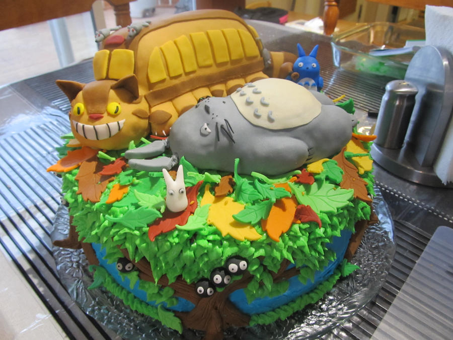 Totoro Cake Front View by Leara