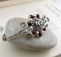 Sterling silver and rose red wire wrap bracelet by CreativityJewellery