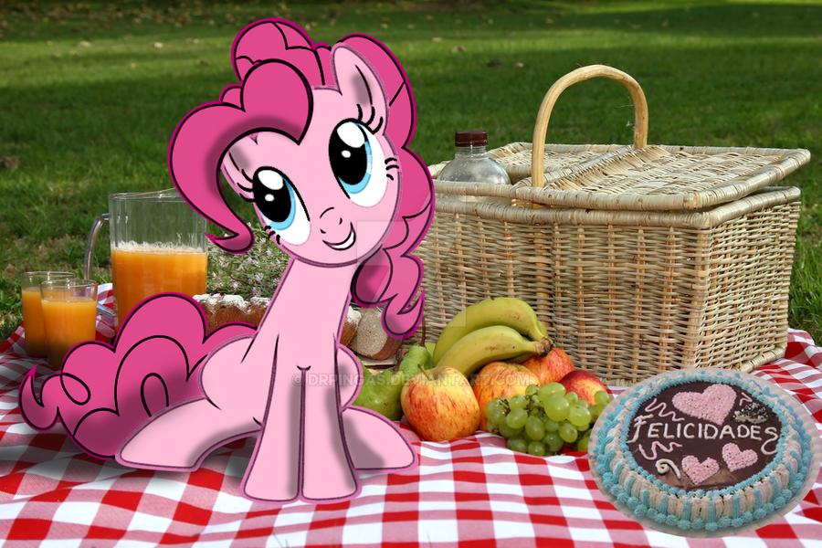 Pinkie Pie Happy Birthday by DrPingas