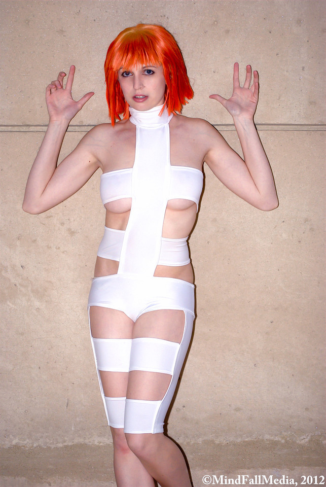 The Fifth Element - Escape by EveilleCosplay