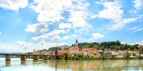 Strahlende Innstadt by Saber1705