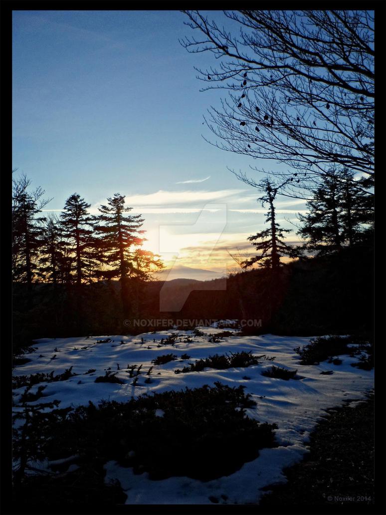 Sundown by Noxifer