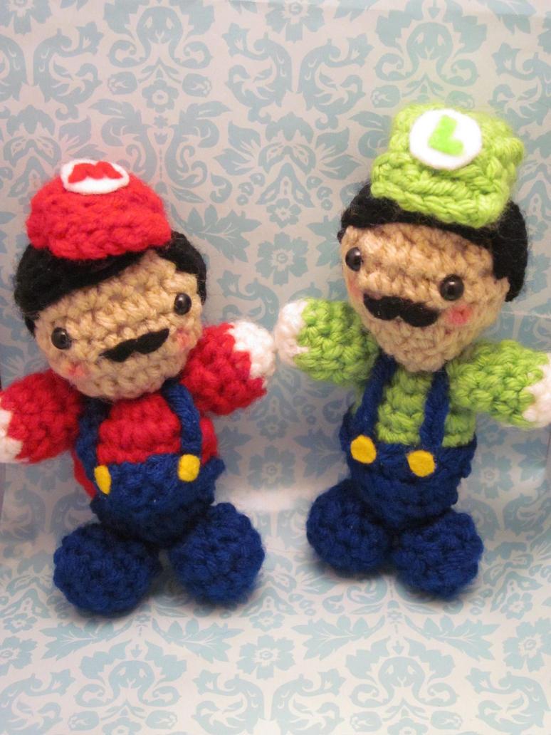 Amigurumi Mario Y Luigi : Mario and Luigi Amigurumi by Spudsstitches on deviantART