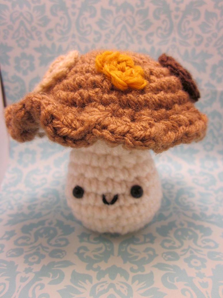 Wee Little Mushroom Fungus Amigurumi by Spudsstitches
