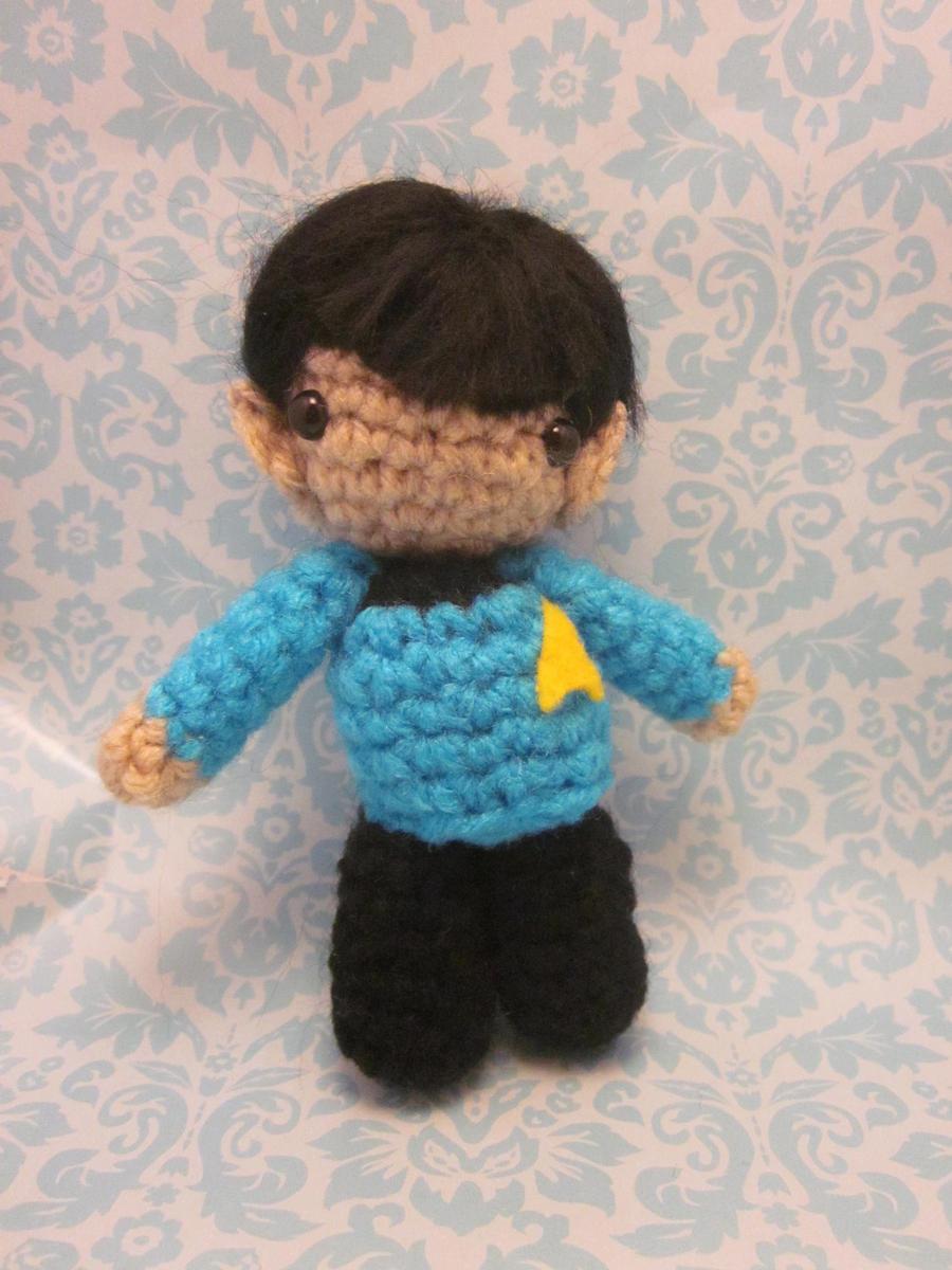 Amigurumi Star Trek : Wee Little Mister Spock Amigurumi by Spudsstitches on ...