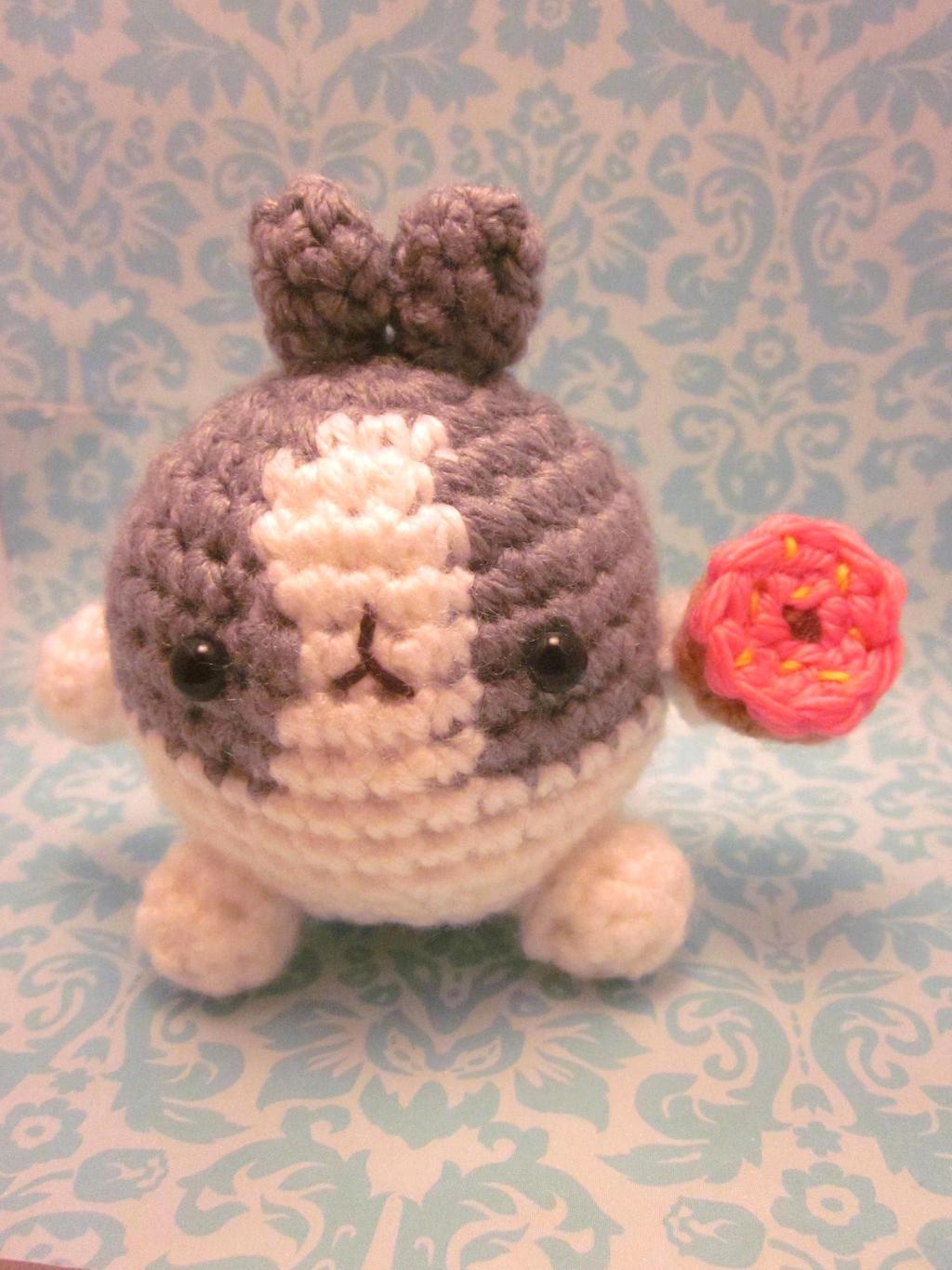 Free Crochet Bunny Pattern Kawaii Bunnies - Hooked On Patterns   1366x1024