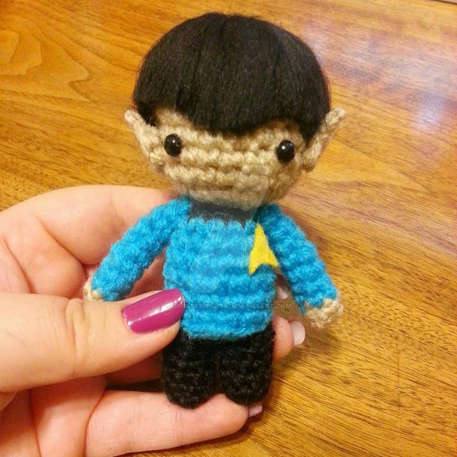 Amigurumi Star Trek : Wee Lil Kawaii Spock Star Trek Amigurumi by Spudsstitches ...