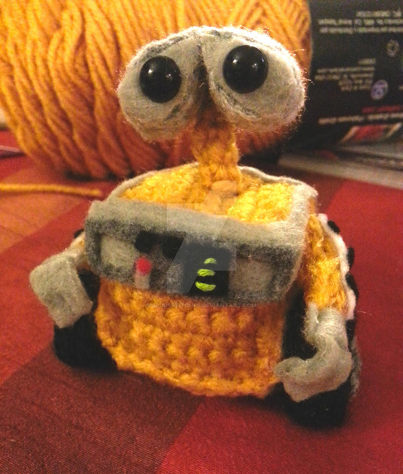 Amigurumi Walt Disney : Pixar Disney Wall-e Amigurumi Crochet Doll Plush 1 by ...
