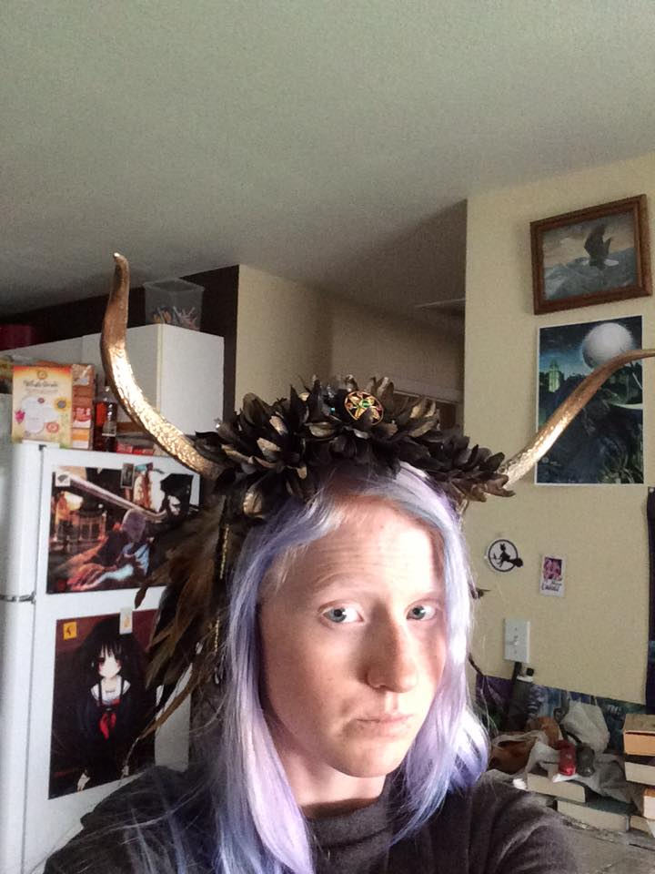 Horned Queen headdress. by Seras-Loves-Master