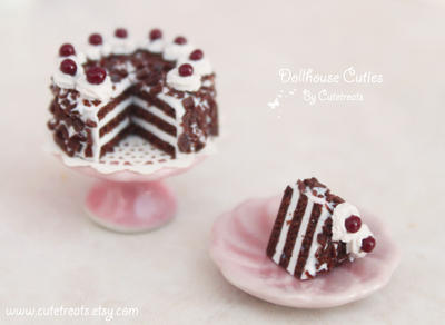 Black Forest Cake Frente Piece by Cutetreatsbyjany