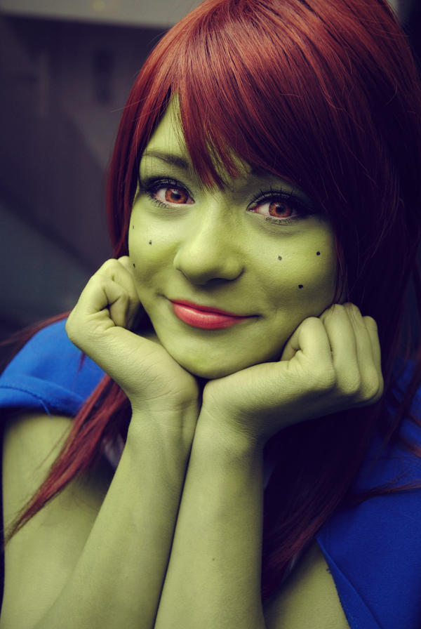 YJ: Miss Martian IV by Aigue-Marine