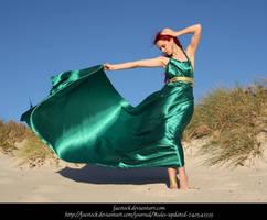 Green Silk 14 by faestock