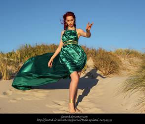 Green Silk 17 by faestock