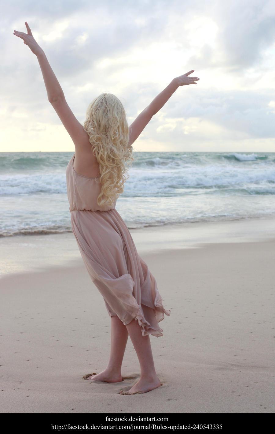Daenerys13 by faestock