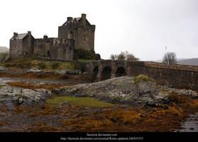 Eilean Donan Castle by faestock