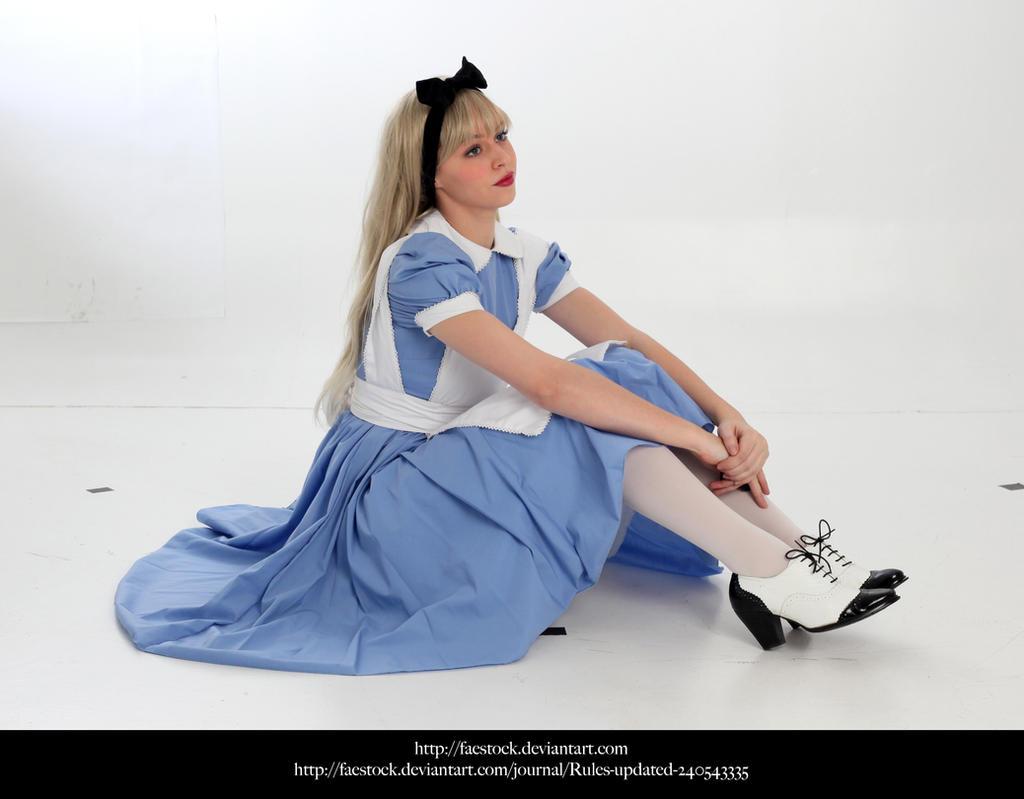 Alice37 by faestock