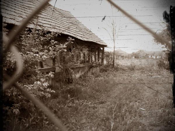 Old house by ingrid crimson on deviantart for Ingrid house