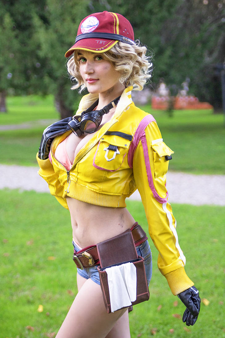 Cindy / Cidney Final Fantasy XV cosplay 3 by Meryl-sama