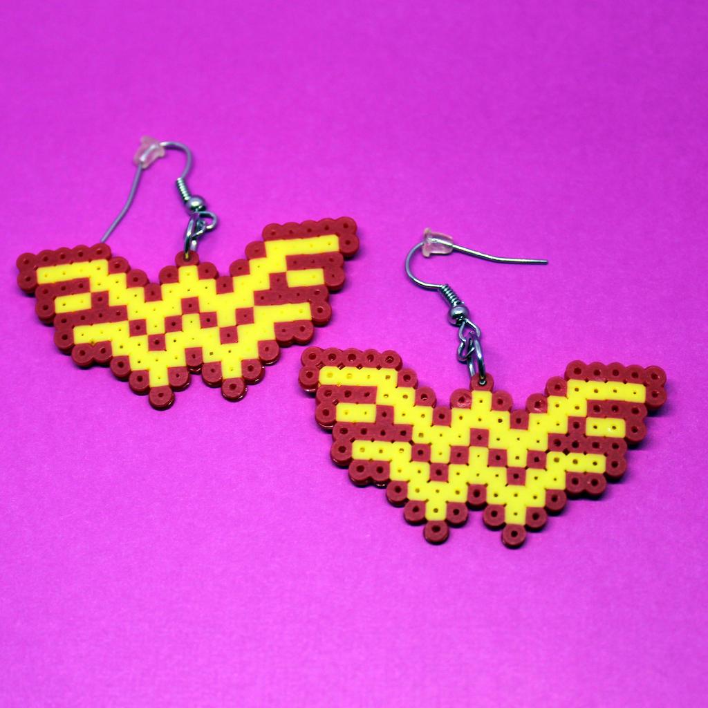 Wonder Woman Earrings - Mini Perler Beads by HalfEmptyETank