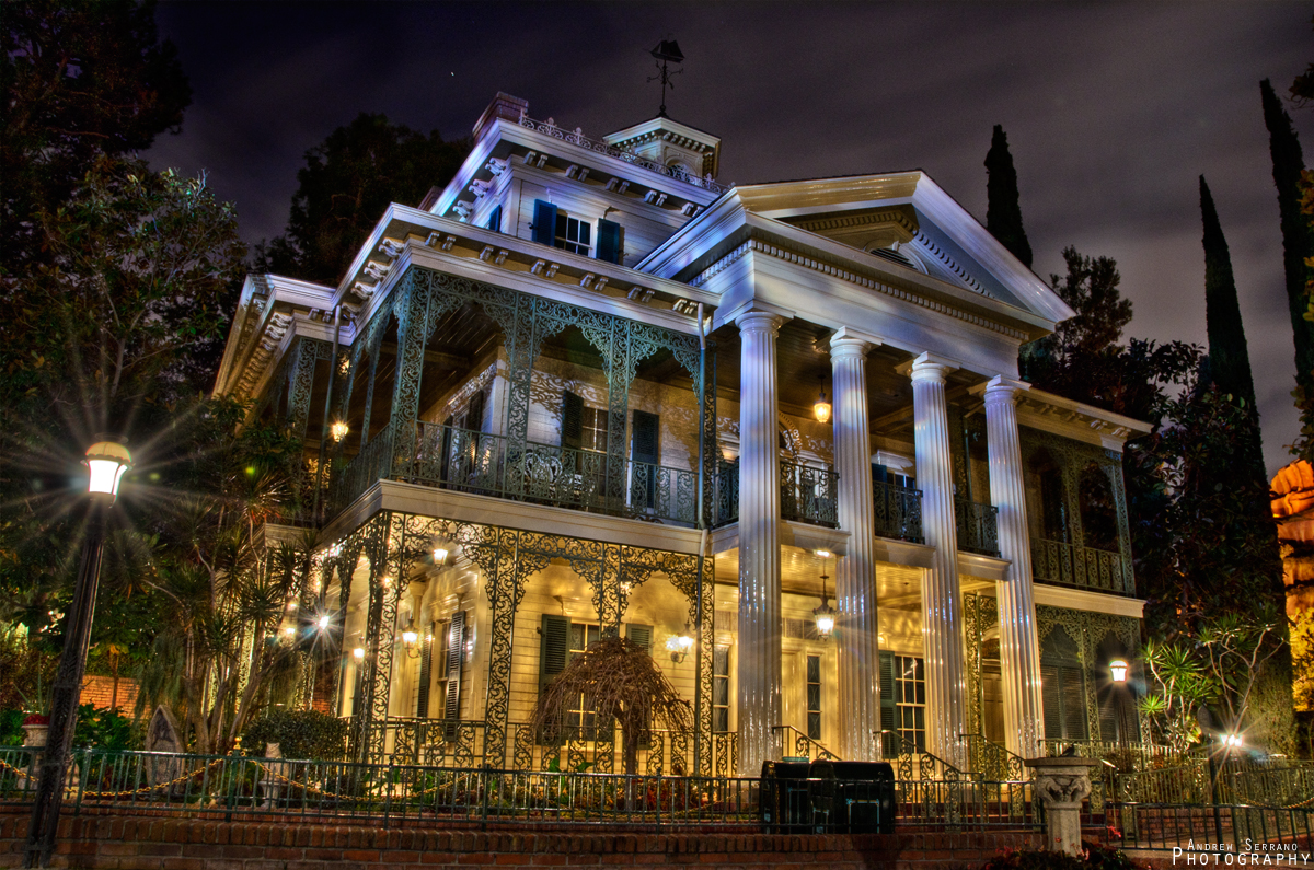 Dead Silence at a Haunted Mansion by ExplicitStudios