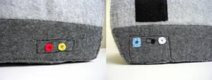 Nintendo NES plushie back+side