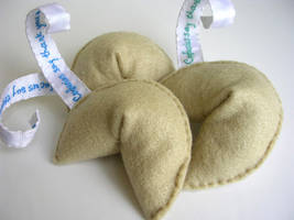 Plush Fortune Cookies by restlesswillow