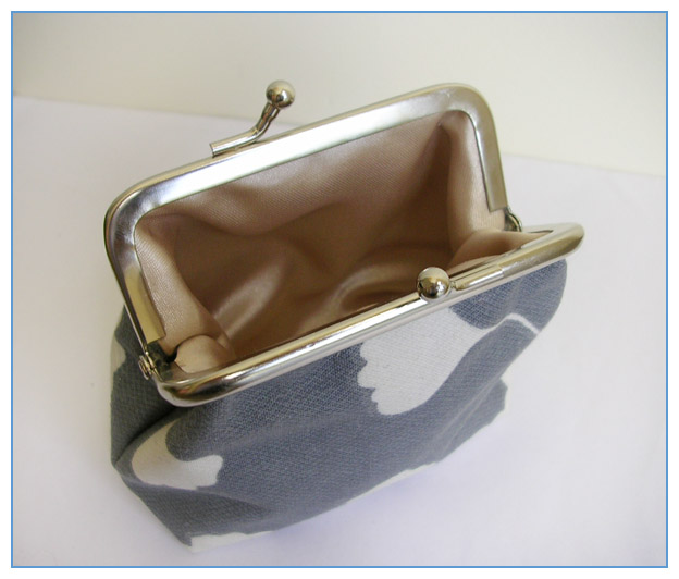 Grey Ginkgo purse open by restlesswillow