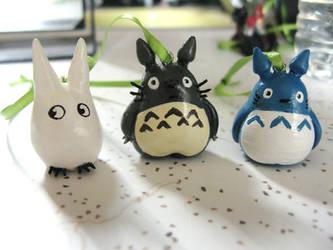 My Neighbor Totoro by AyahuascaAyahuasca