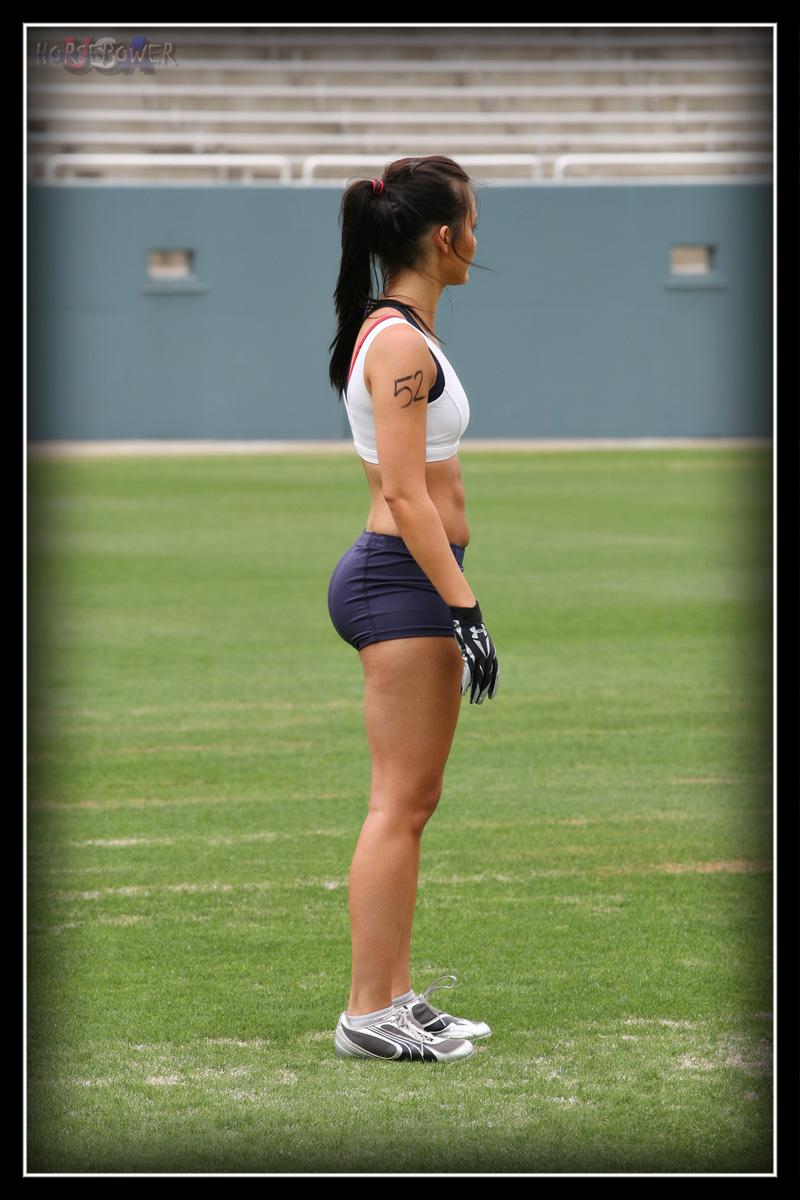 Sexy female bodybuilder posing