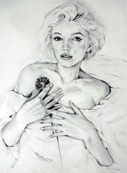 Marilyn Monroe by linelin126
