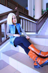android 18 cosplay-2 by ShineUeki33