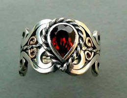 Garnet ring by loopy-dloupe