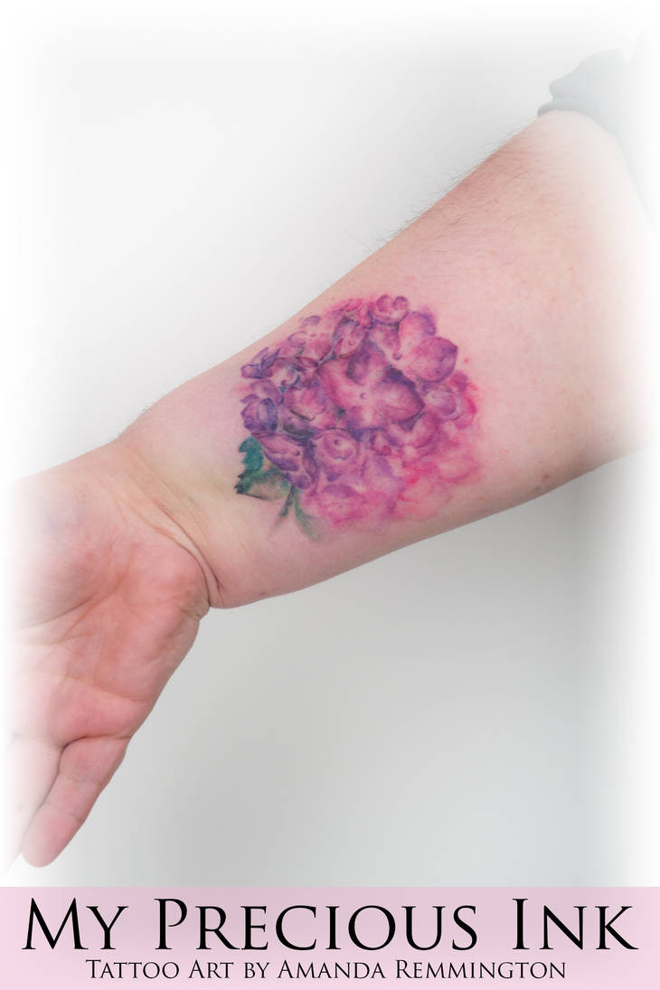 Freehand hydrangea (hortensia) watercolor tattoo by Mentjuh on ...