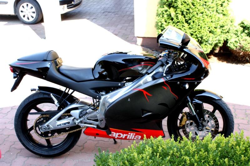 Aprilia RS 125 wallpaper > Papel de Parede de Aprilia RS 125 > Aprilia RS 125 Fondos