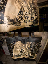 hand:bag by tind