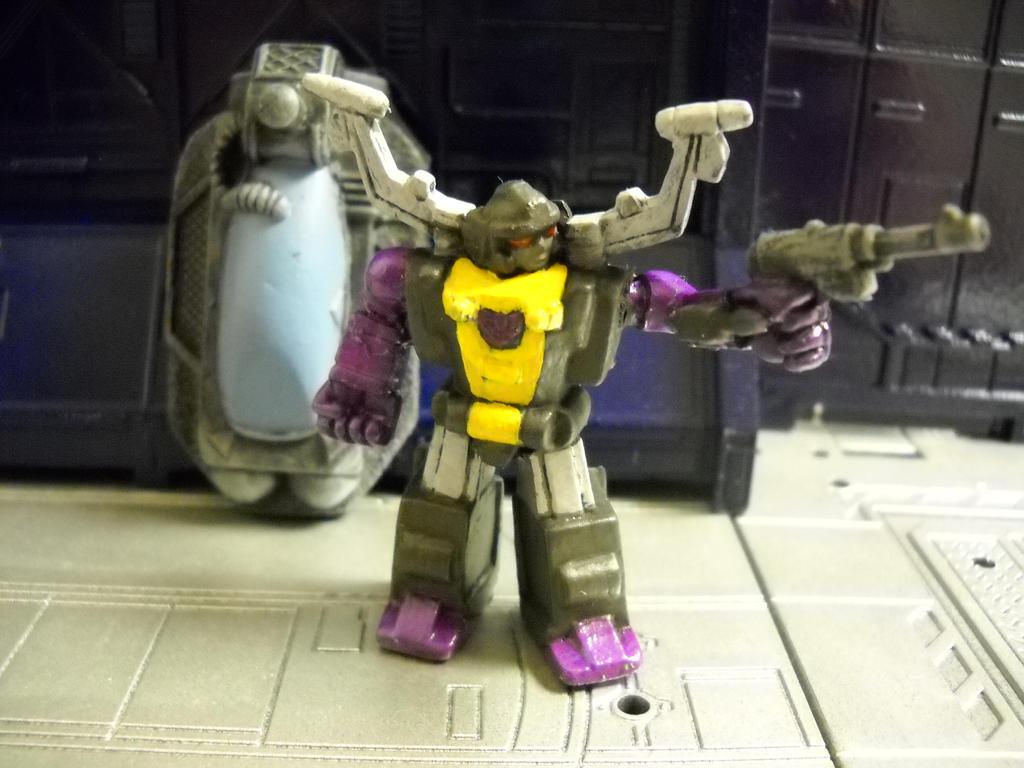 Transformers Shrapnel 15mm RPG miniature by Prowlcop