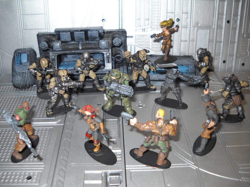 GI Joe vs Predator miniature crossover diorama by Prowlcop