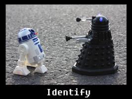 R2D2 meet's Dalek Sec by Lari--Chan