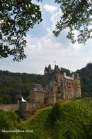 Burg Eltz - wie in einem Marchen by Moonwolflove