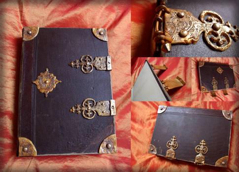 Merlin's spell book by Ta-moe
