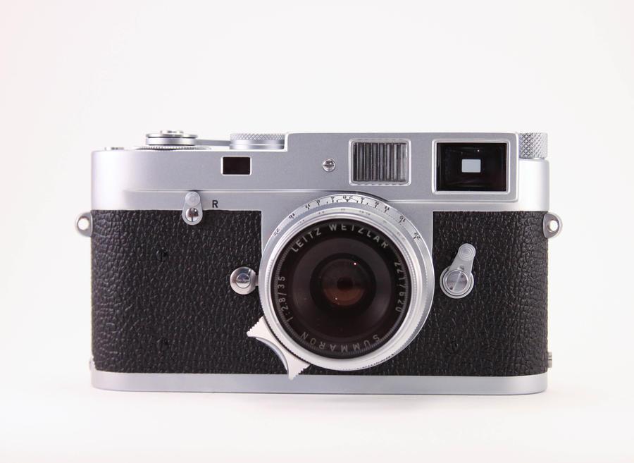 Leica M2 First Impressions   Blur Dot Blog
