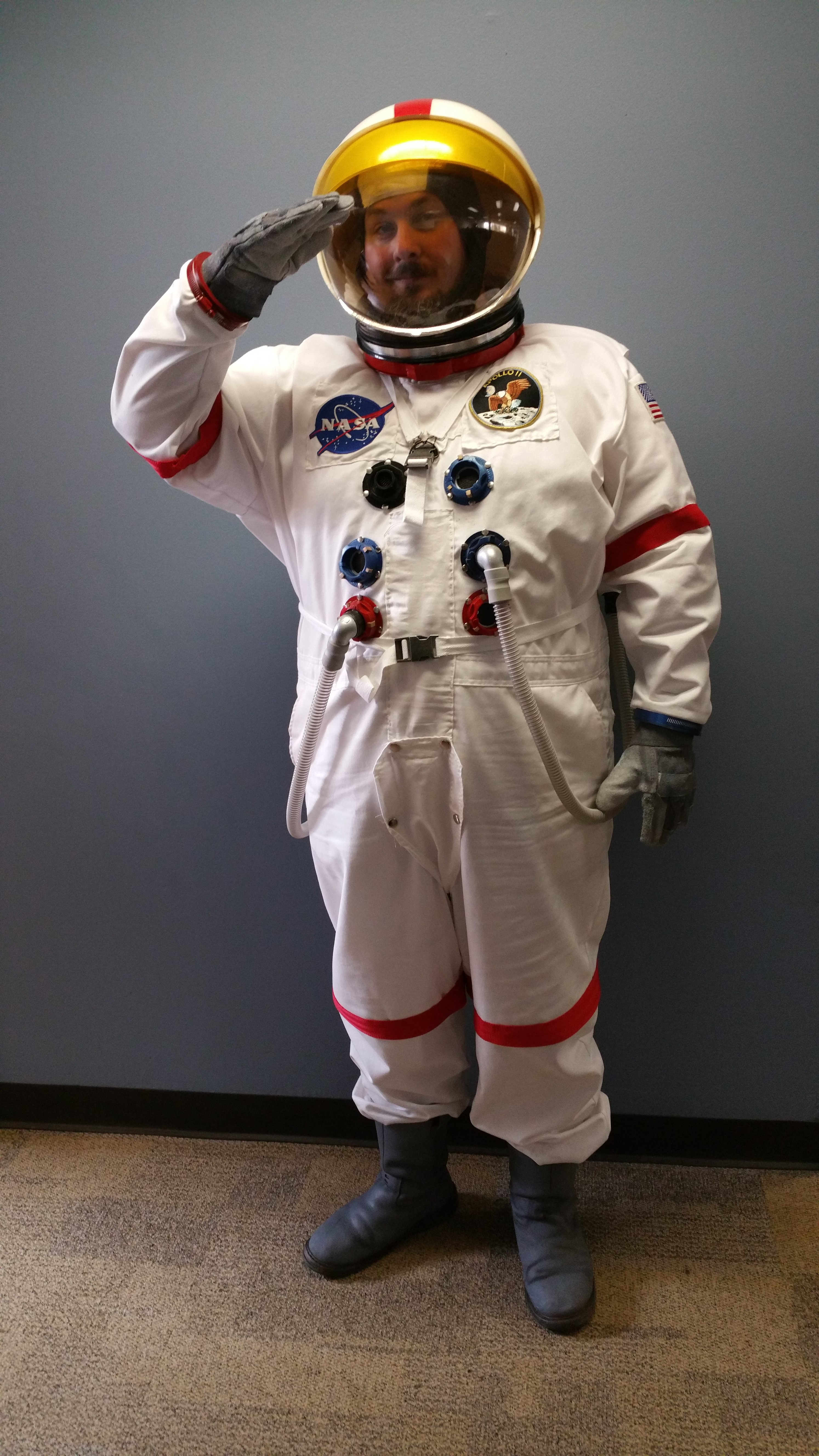 tumblr girl cosplay space suit - photo #33